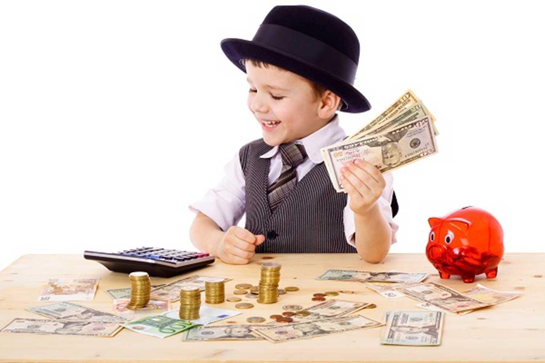 nino-con-dinero